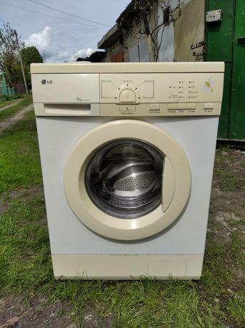 Продам стиральную машину!!!