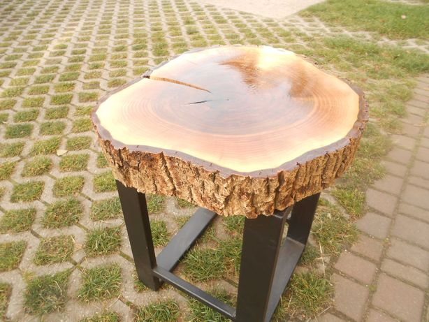 Stolik kawowy-plaster orzech włoski