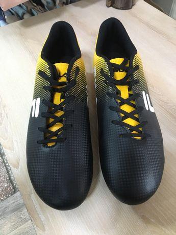 Новые футбольные Fila с шипами 43-44 размер