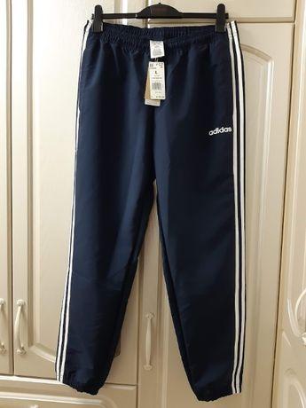 Спортивные брюки adidas. Оригинал. Размер L.