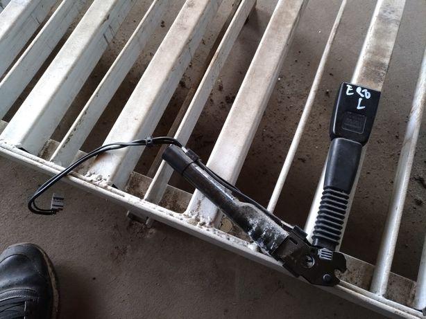 Bmw e90 e91 e87 napinacz pasa lewy przod przedni