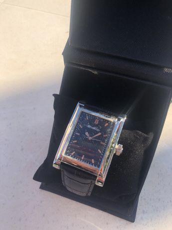 Relógio NOVO, com pelicula