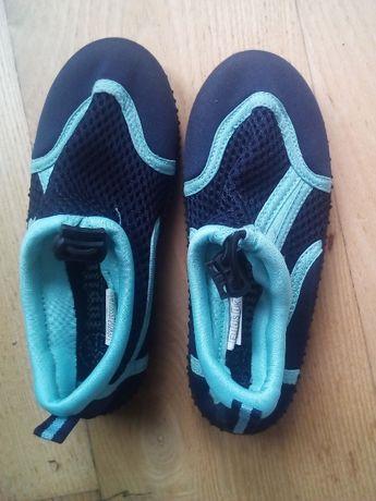 Buty na plaże, basen, rozm. 26, dł. wkładki ok. 17,5cm