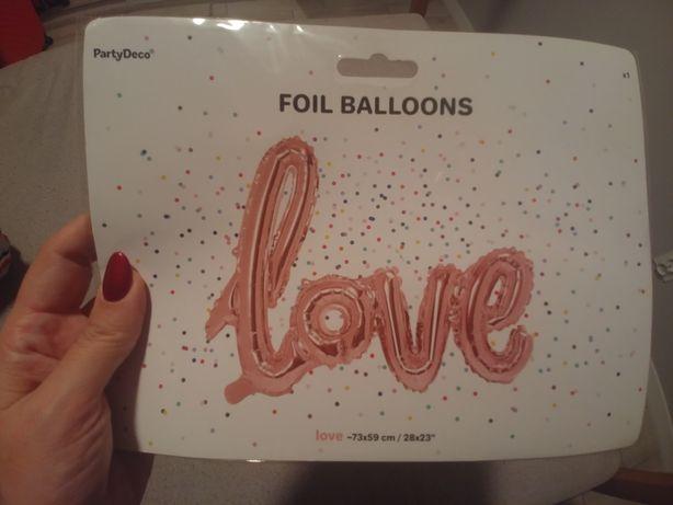 Balon z napisem love dekoracje ślub wesele sesja zdjęciowa