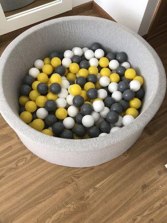 Piscina de bolas para criança