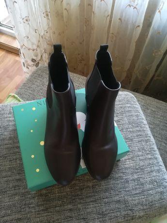 Кожаные осенние ботинки GEOX