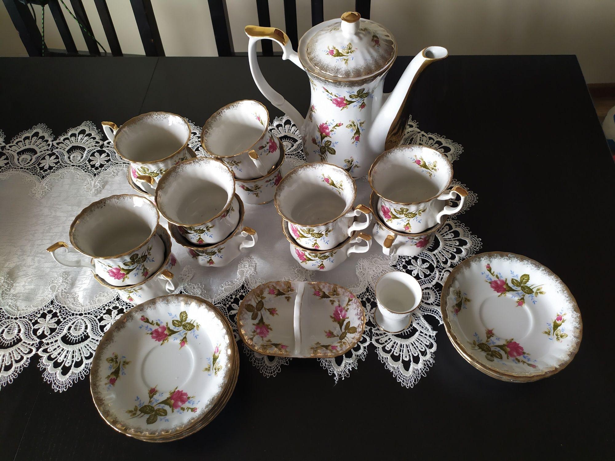 Porcelana Chodzież zestaw do kawy 12 osób