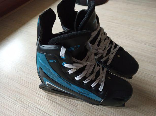 Łyżwy hokejowe (regulowany rozmiar)