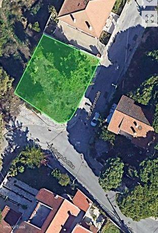 Lote de terreno gaveto, 336,20 m2 em Lazarim - Costa da Caparica