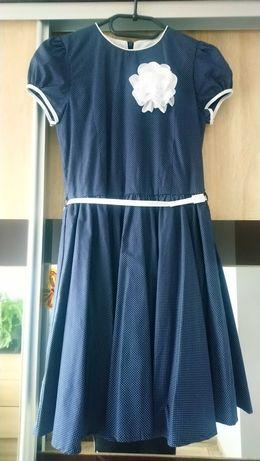 Sukienka roz.146