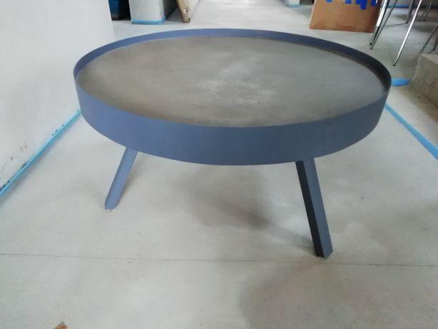 Nowy nowoczesny stolik kawowy metalowy