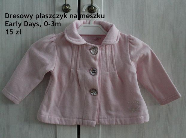 Dresowy płaszczyk bluza jasny róż guziczki 0-3 m 62 cm