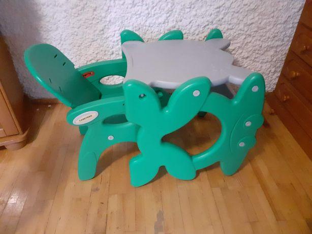 Krzesełko Dzięciece.  Do karmienia i nie tylko