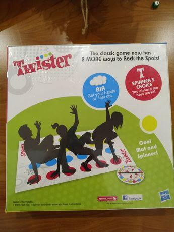 Игра Twister твистер hasbro