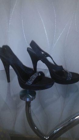 Туфли-босоножки женские