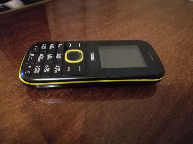 Продам телефон Nomi 181i
