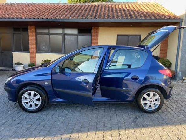 Peugeot 206 1.1i Ar condicionado