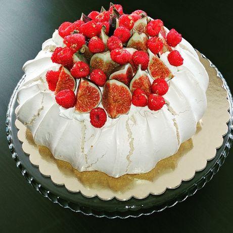 Beza Pavlova, Tort Bezowy, impreza urodziny panieński