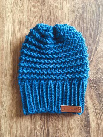 Ciepła czapka z mieszanki wełny merino ręcznie robiona