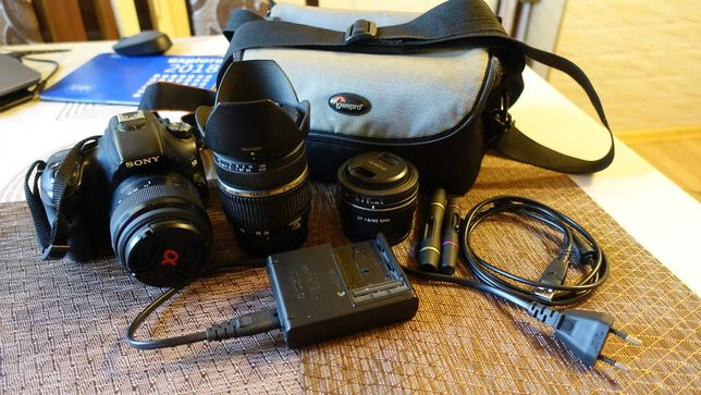 Фотоаппарат Sony Alpha SLT-A58 18-55mm Kit + 2 объектива и сумка
