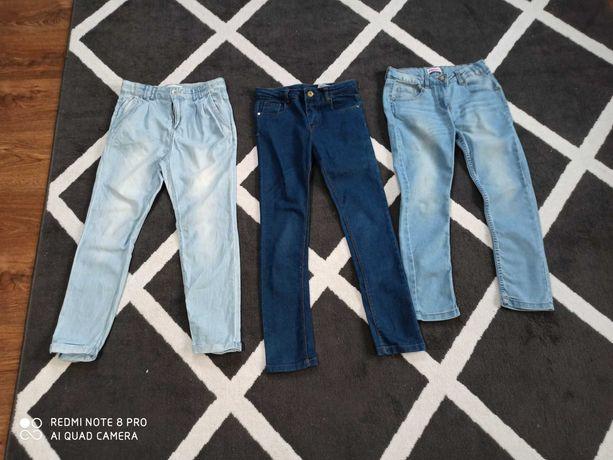 Zestaw 3 par spodni  rozmiar 140