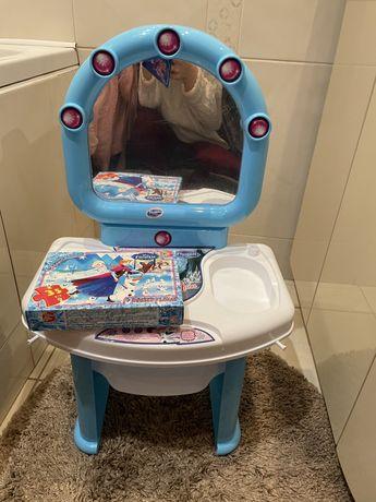 Туалетный столик Эльзы для маленькой принцессы