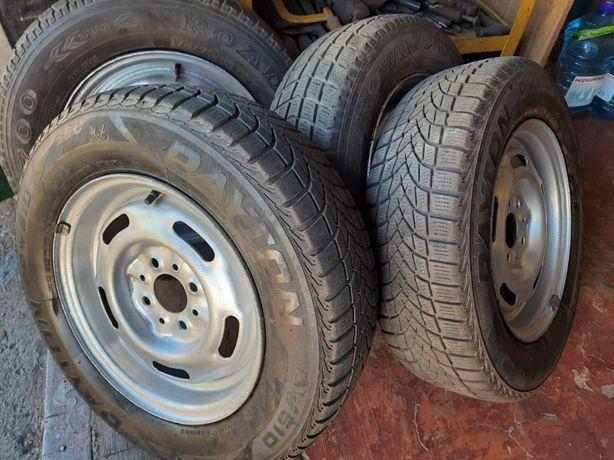 Зиния резина , колеса  , диски 13