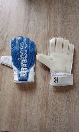 Rękawice bramkarskie umbro rozmiar:4