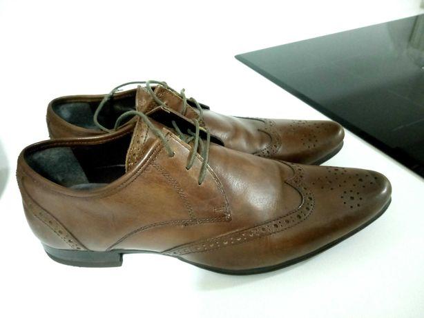 Sapatos castanhos - Como novos - Usados uma vez - 46