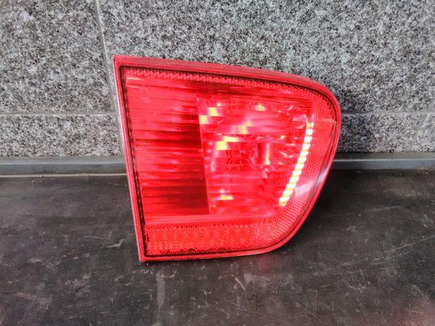 """Farolim mala Esquerdo Seat Ibiza 6k2 - """"Hella"""""""