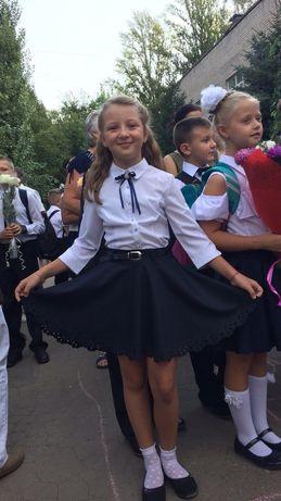 Продам красивую юбку для школы