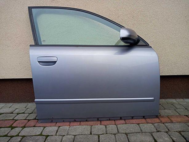 Audi A4 B6 drzwi prawy przód LY7H