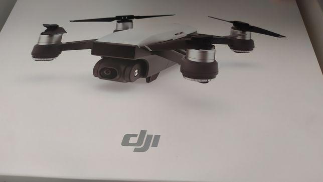 Sprzedam drona DJI spark