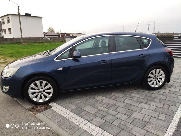 Opel Astra J*2010r*1.7cdti*6 biegów*Salon Polska*17felga*Nowe opony!