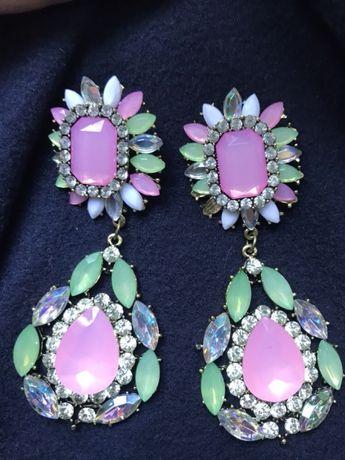 Серьги сережки нежно розового мятного зеленого цвета камни