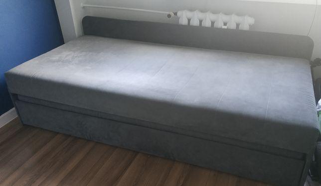 Łóżko tapaczan kanapa z wysuwanym materacem pojedyncze lub podwójne