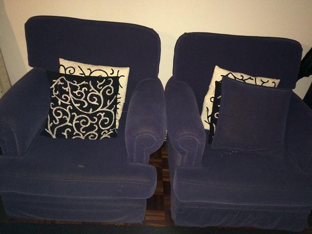 Vendo sofá e poltronas