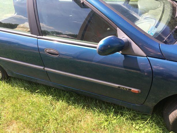 Renault laguna drzwi