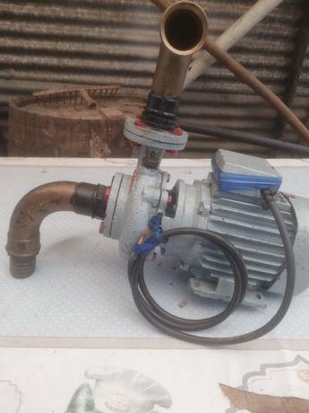Motor de rega trifasse