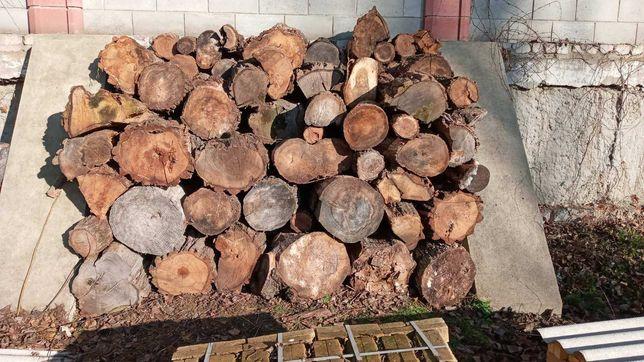 Продаю дрова, акация, дуб, тополь