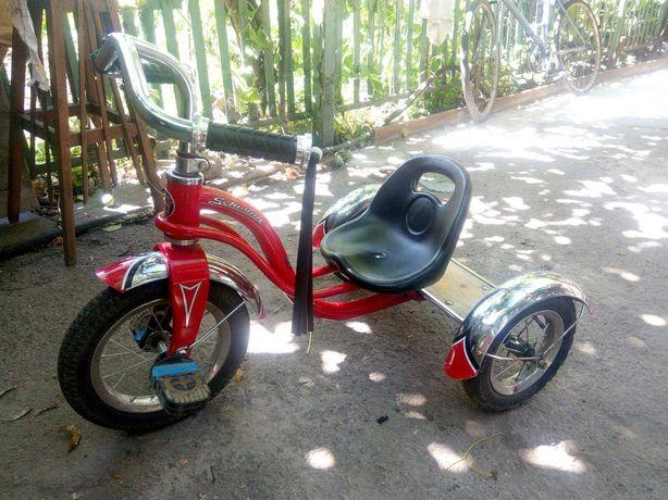 Велосипед детский американский Schwinn Roadster Trike