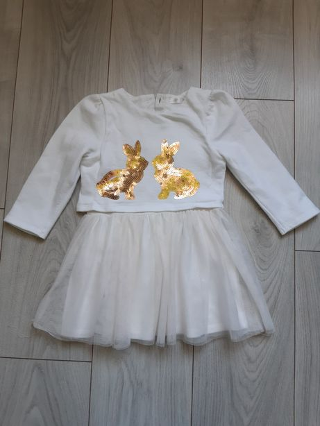 Sukienka z cekinowymi zajaczkami rozmiar 92
