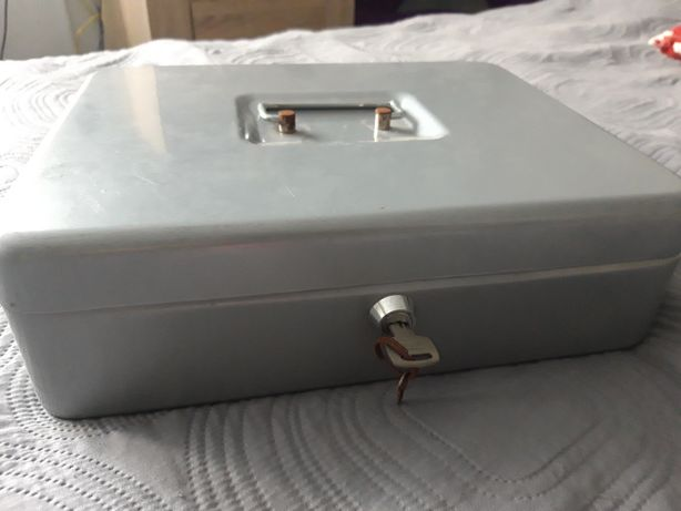 Skrzynka metalowa na klucz