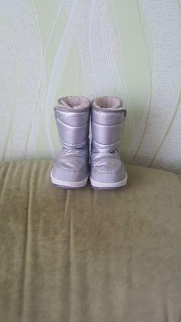 Дитячі чобітки для дівчинки.Зима.