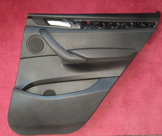 BMW Х3 кузов F25 карты задних дверей под шторку