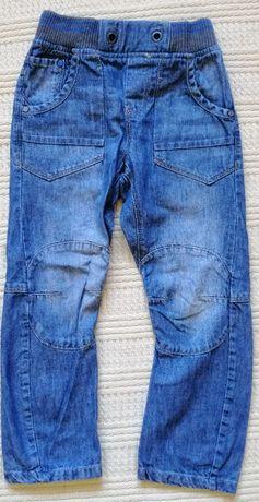 Spodnie jeans NEXT, rozm 122, 7 lat