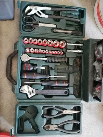 Caixa de ferramentas várias