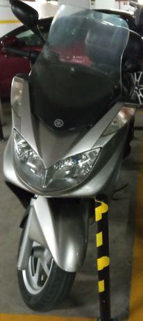 Yamaha Majesty 400 / 2004