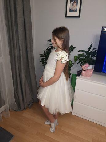 Sukienka firmy Mała Mi w rozm. 134 /140