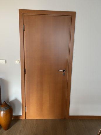 Drzwi wewnętrzne skrzydło + ościeżnica 5-6 kompletów